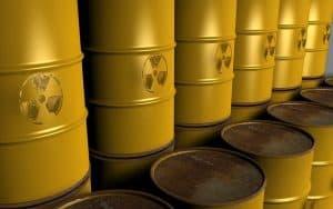 Gelbe Fässer mit Uran